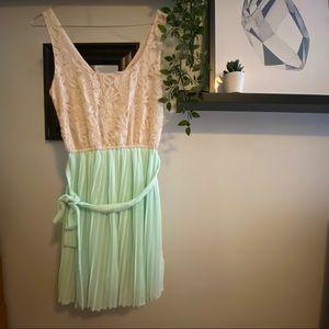 Forever 21 Chiffon Dress